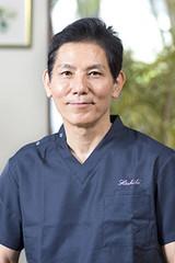 ヘシキ形成外科クリニック 院長 平敷貴也医師